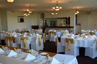 Wedding Venue - Full Moon Hotel - The Sandgate Room 4 on Veilability