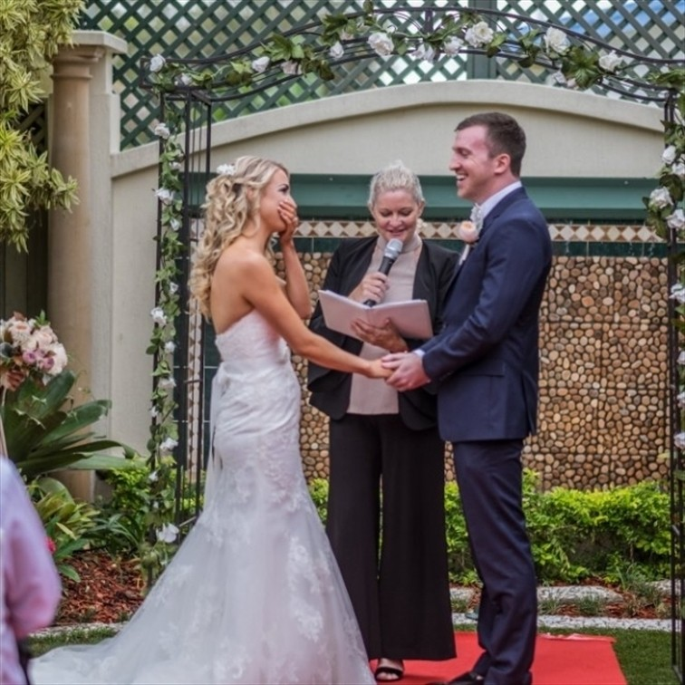 Wedding Venue - The Golden Ox 2 on Veilability