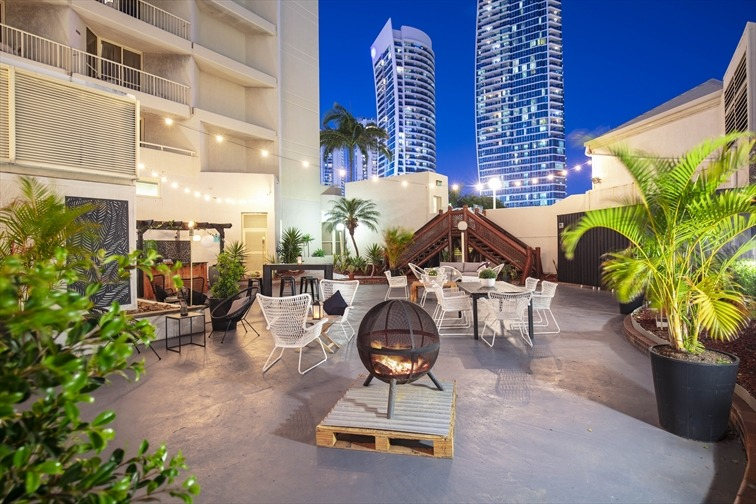 Wedding Venue - Novotel Surfers Paradise - #on5 Rooftop 1 on Veilability