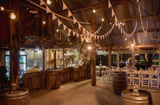 Wedding Venue - Boomerang Farm - The Barn 10 on Veilability
