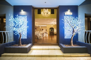 Wedding Venue - Shangri La Gardens  - Regency Room 4 - Regency Room Entrance on Veilability