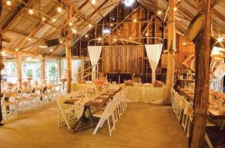 Wedding Venue - Boomerang Farm - The Barn 2 on Veilability