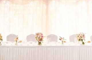 Wedding Venue - Lakelands Golf Club - Augusta Room 1 - Bridal Table with Fairylights on Veilability