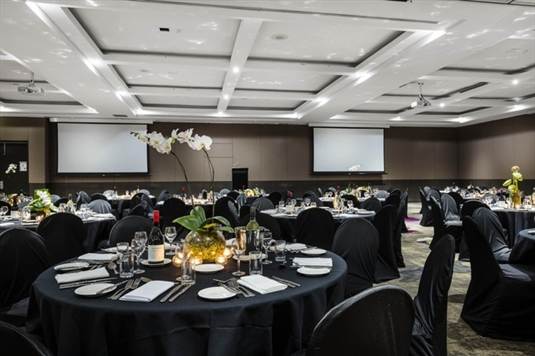 Wedding Venue - Mercure Hotel Brisbane 5 on Veilability