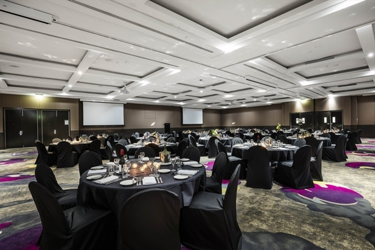 Wedding Venue - Mercure Hotel Brisbane 6 on Veilability