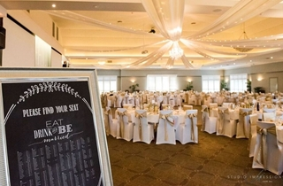 Wedding Venue - Hillstone St Lucia - The Grand View Room 5 on Veilability