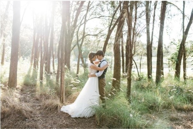 Wedding Venue - Lakelands Golf Club 10 on Veilability