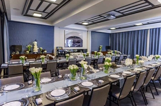 Wedding Venue - Spicers Balfour Hotel - Guest Lounge 1 on Veilability