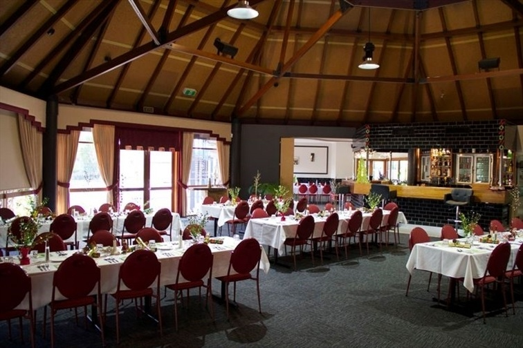 Wedding Venue - Lloyds Restaurant & Function Centre - Dome Room 3 on Veilability