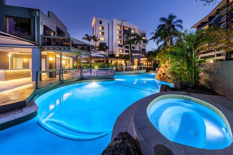 Wedding Venue - Brisbane Riverview Hotel - Poolside Venue 7 on Veilability