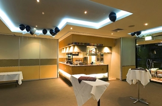 Wedding Venue - Broncos Leagues Club - Captains Room 2 on Veilability