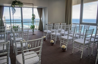 Wedding Venue - Novotel Surfers Paradise - Penthouse Weddings 2 on Veilability