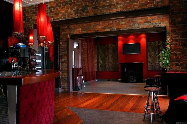 Wedding Venue - STORY BRIDGE HOTEL - The Martini Bar 2 on Veilability