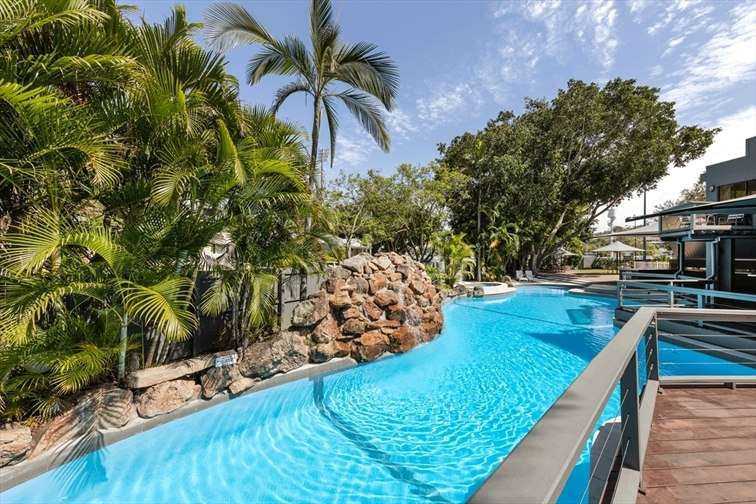 Wedding Venue - Brisbane Riverview Hotel - Poolside Venue 4 on Veilability