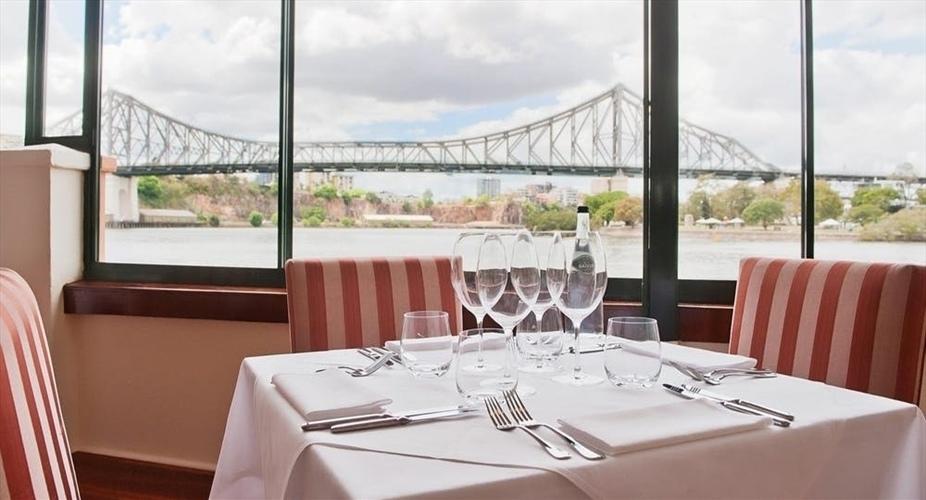 Wedding Venue - La Vue Waterfront Restaurant - Restaurant 3 on Veilability