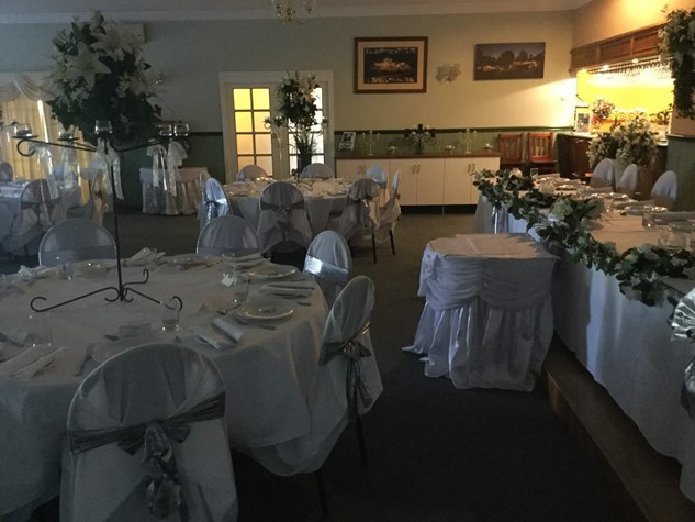 Wedding Venue - Windaroo Cottage - Albert River Room 2 on Veilability