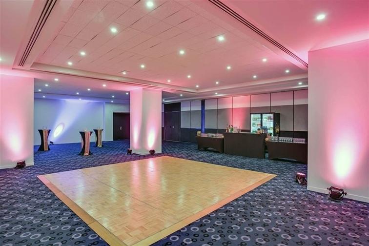 Wedding Venue - Mantra on View Hotel - Palm Ballroom 1 on Veilability