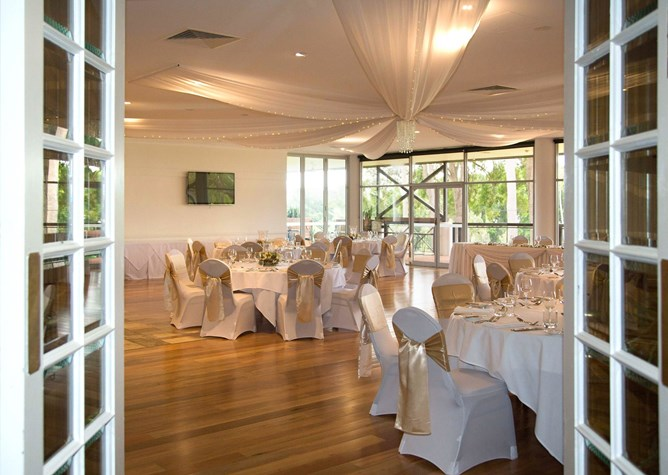 Wedding Venue - Sanctuary Cove Golf & Country Club - Arnie's Function Room 4 on Veilability