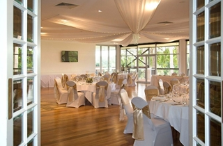 Wedding Venue - Sanctuary Cove Country Club - The Botanical Room 4 on Veilability
