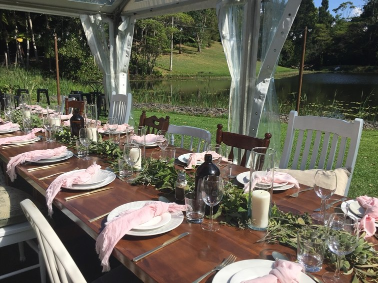 Wedding Venue - Montville Country Cabins - Lakeside Lawn - Marquee & Under the Stars Receptions 8 on Veilability