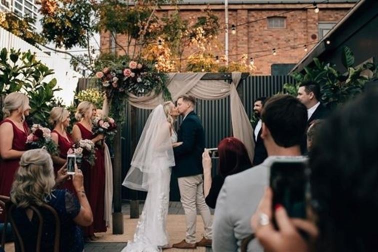Wedding Venue - MIRRA 6 on Veilability