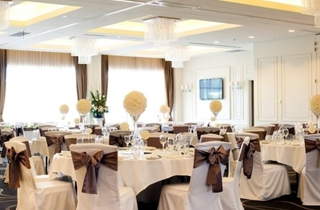 Wedding Venue - Easts Leagues Club - Diamond Ballroom 1 on Veilability