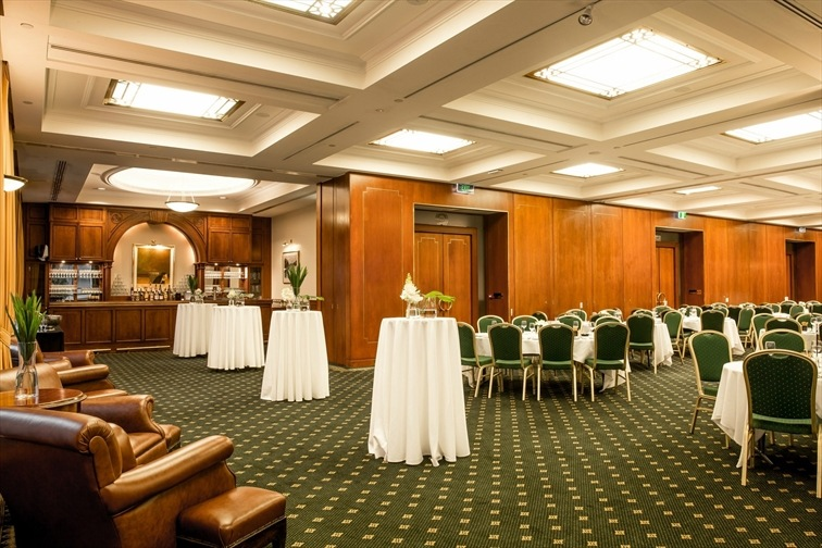 Wedding Venue - Tattersall's Club - Templeton Room 1 on Veilability