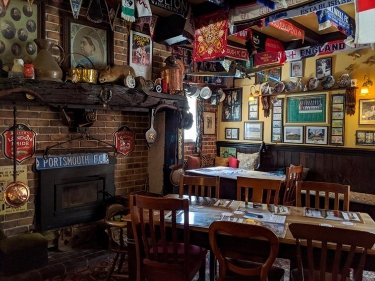 Wedding Venue - Fox and Hounds Country Inn 31 on Veilability