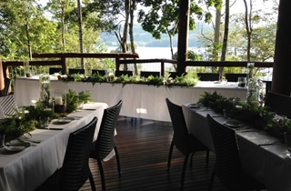 Wedding Venue - Secrets on the Lake - Cafe Deck 1 on Veilability
