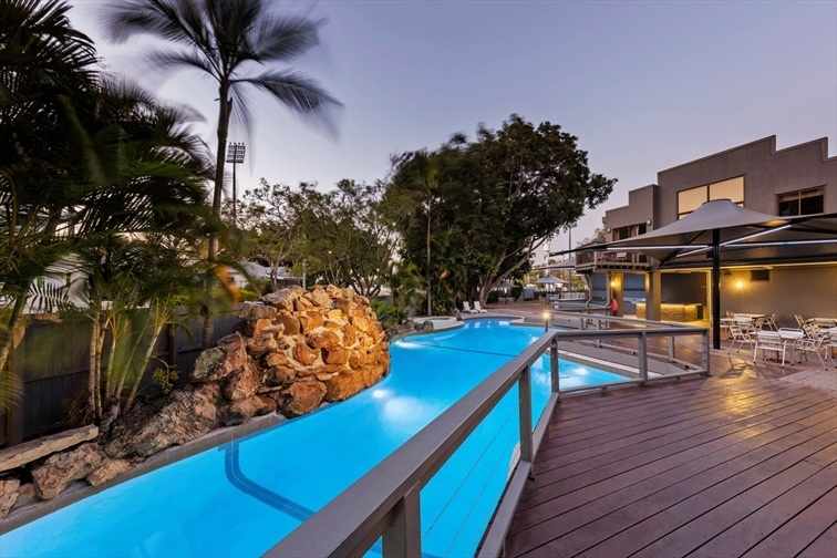 Wedding Venue - Brisbane Riverview Hotel - Poolside Venue 6 on Veilability