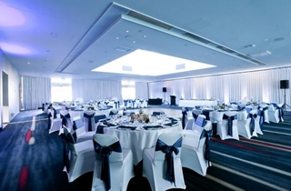 Wedding Venue - RACV Royal Pines Resort - Royal Poinciana 3 on Veilability