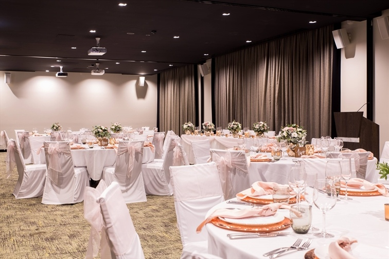 Wedding Venue - Rydges Fortitude Valley - The Pasture 1 - Banquet Wedding Reception - The Pasture on Veilability
