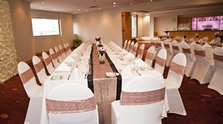 Wedding Venue - Novotel Surfers Paradise - Wavebreak and Miami Room 3 on Veilability