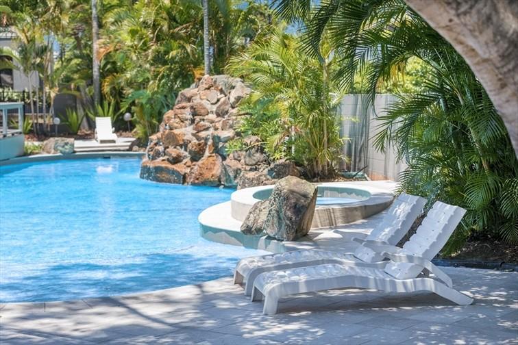 Wedding Venue - Brisbane Riverview Hotel - Poolside Venue 5 on Veilability