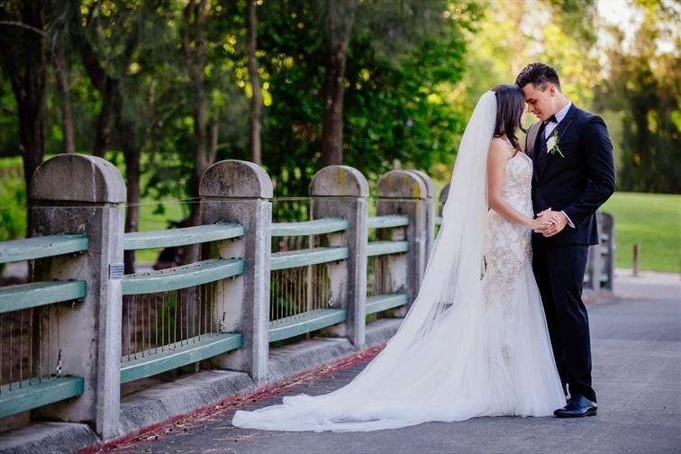 Wedding Venue - Lakelands Golf Club 1 on Veilability