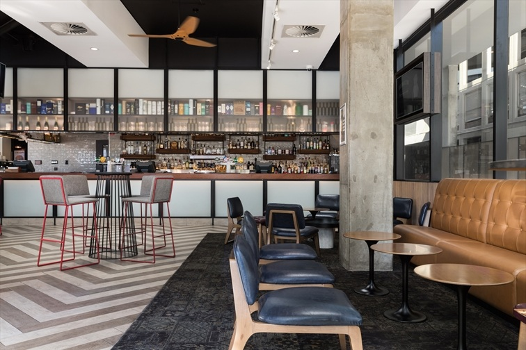 Wedding Venue - Rydges Fortitude Valley - The Paddock Bar 2 - Paddock Bar on Veilability