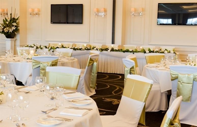 Wedding Venue - Easts Leagues Club 14 on Veilability