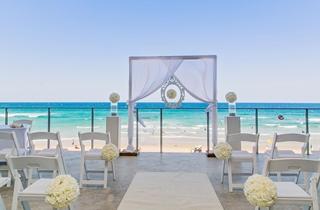 Wedding Venue - Coolum Beach Surf Club 1 on Veilability