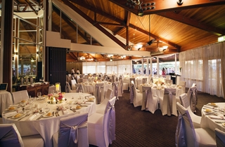 Wedding Venue - Novotel Twin Waters Resort - Lily's on the lagoon 1 on Veilability