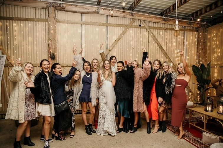 Wedding Venue - Mavis's Kitchen & Cabins - The Barn 9 on Veilability