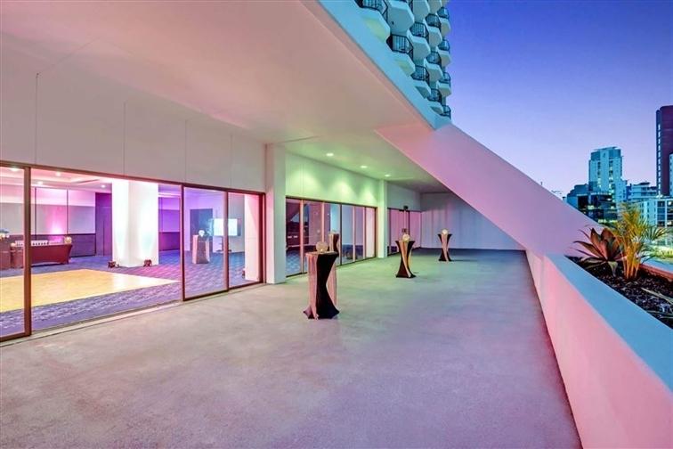 Wedding Venue - Mantra on View Hotel - Palm Ballroom 6 on Veilability