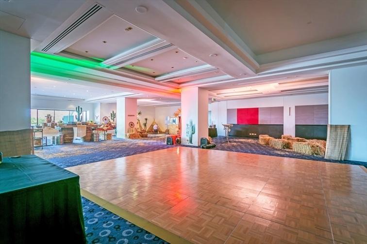 Wedding Venue - Mantra on View Hotel - Palm Ballroom 4 on Veilability