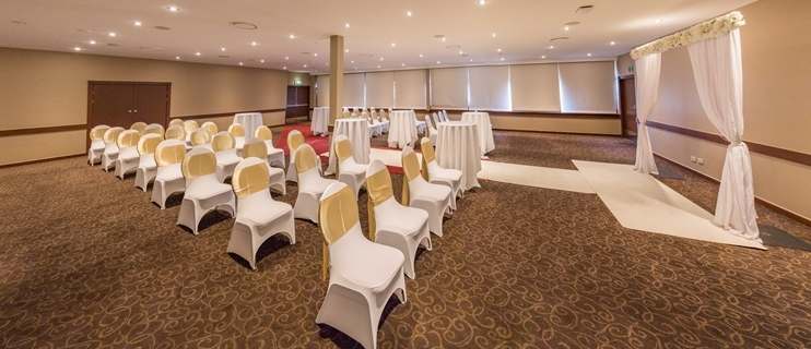 Wedding Venue - Quality Hotel Mermaid Waters - Arcadia Room 4 on Veilability