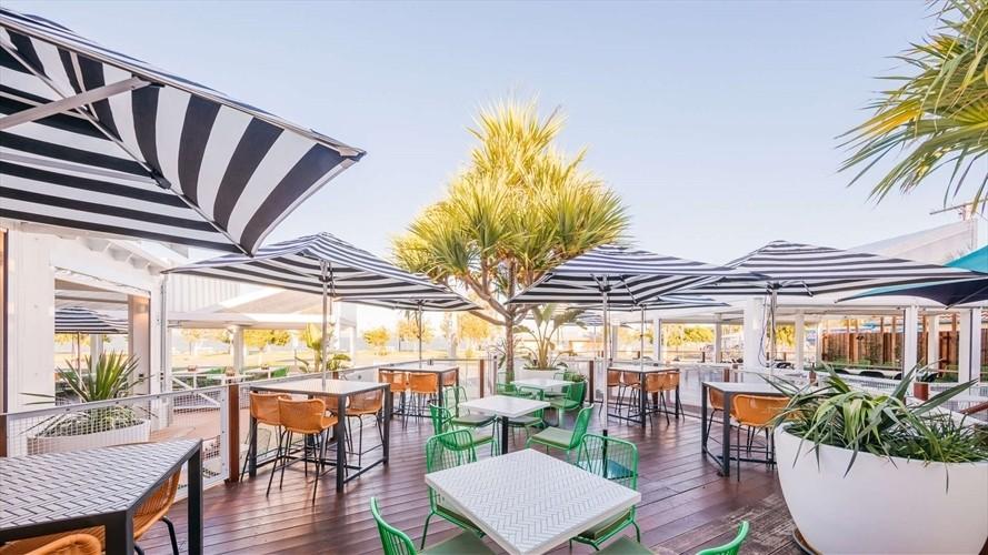 Wedding Venue - Belvedere Hotel - The Deck 3 on Veilability