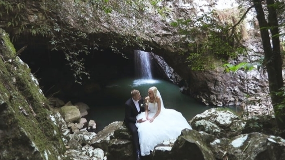 Wedding Venue - Natural Bridge Weddings 3 on Veilability
