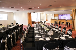 Wedding Venue - Novotel Surfers Paradise - Wavebreak and Miami Room 5 on Veilability
