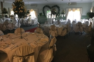 Wedding Venue - Windaroo Cottage - Albert River Room 1 on Veilability