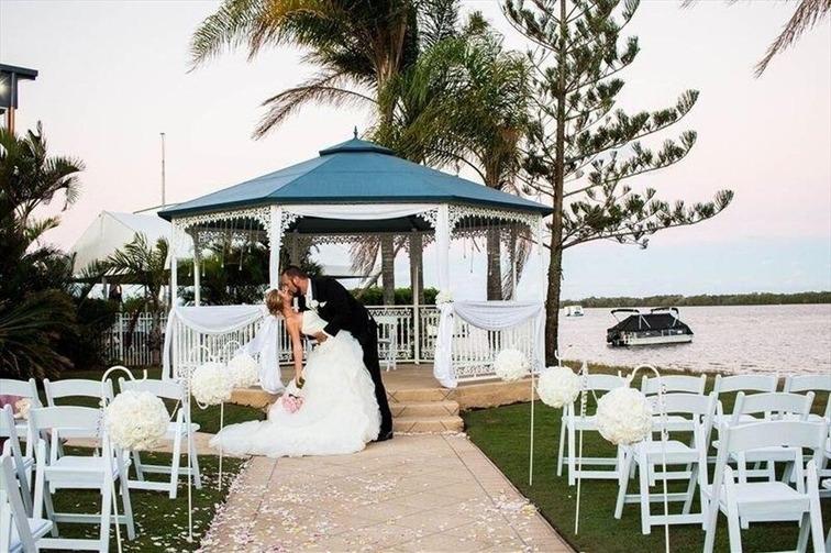Wedding Venue - Caloundra Power Boat Club 30 on Veilability