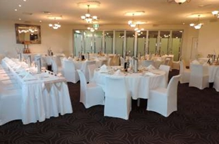 Wedding Venue - Full Moon Hotel - The Sandgate Room 1 on Veilability