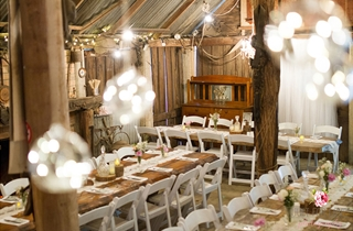 Wedding Venue - Boomerang Farm - The Barn 12 on Veilability
